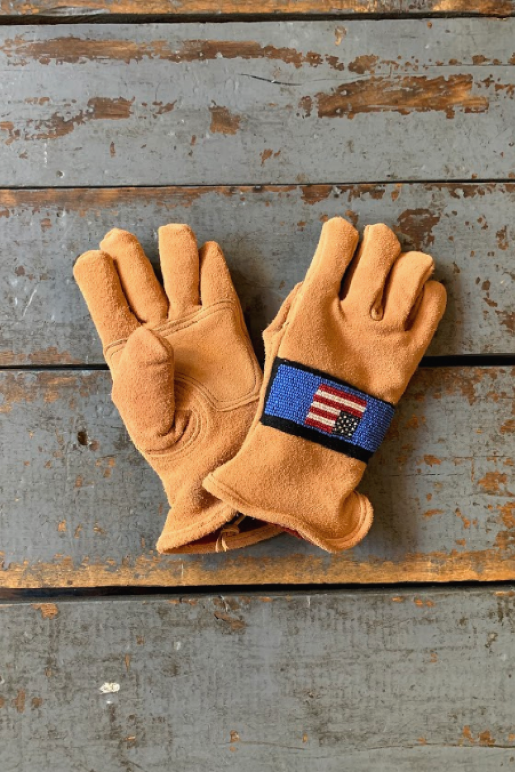 Astis Beaded Gloves McKinley USA