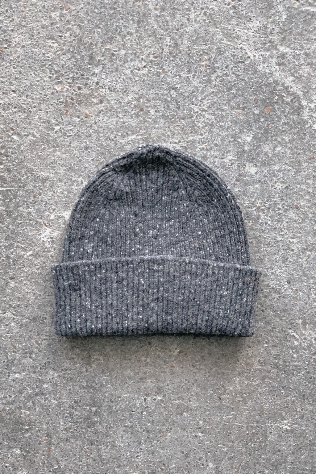 Howlin' Out Of the Blue Hat Charcoal