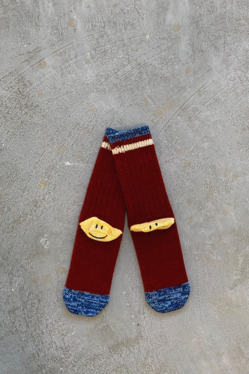 Kapital 72 Yarns Wool IVY Smilie Socks Red
