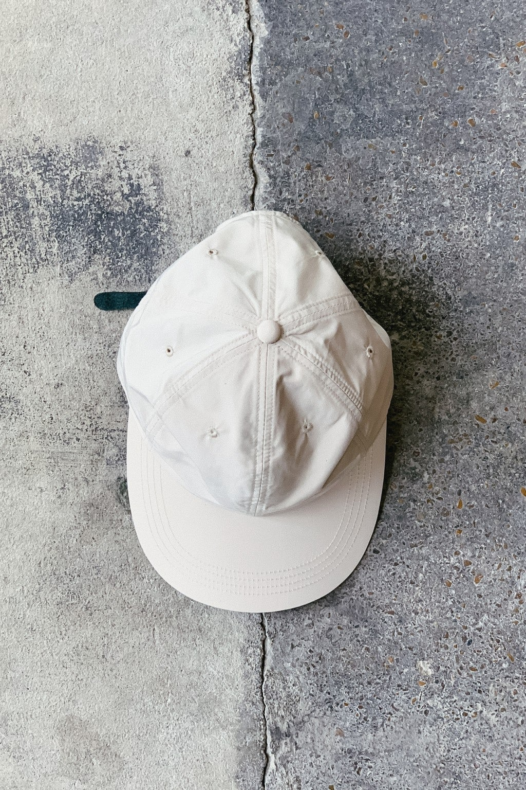 Lady White Co. Lightweight Baseball Cap Beige