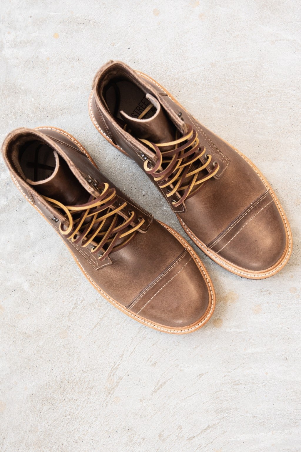 Oak Street Bootmakers Cap-Toe Trench Boot Natural Chromexcel
