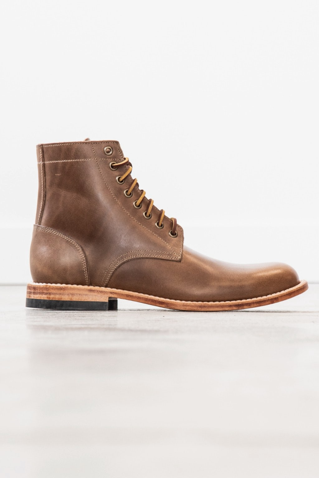 Oak Street Bootmakers Trench Boot Natural Chromexcel