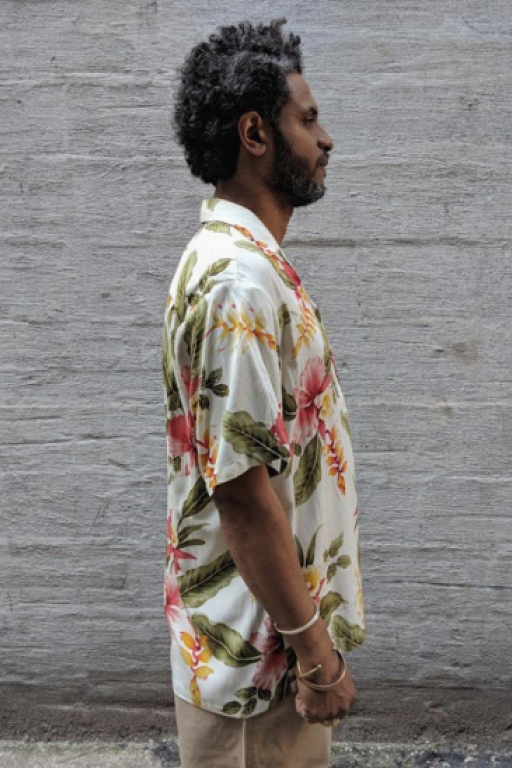 Two Palms Hawaiian Shirt Beige Sonic Print