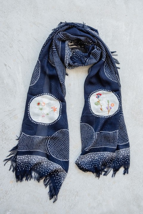 Kapital Rayon Dot Fringe Stole (Flower Embroidery) Navy